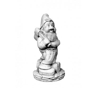 Скульптура гном с топором арт. 046
