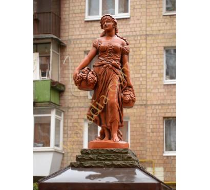 """Скульптура """"Женщина с виноградной корзиной"""" арт. 240 (цвет- терракот)"""