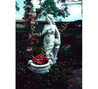 """Скульптура арт. 271 """"Женщина с виноградной гроздью"""""""