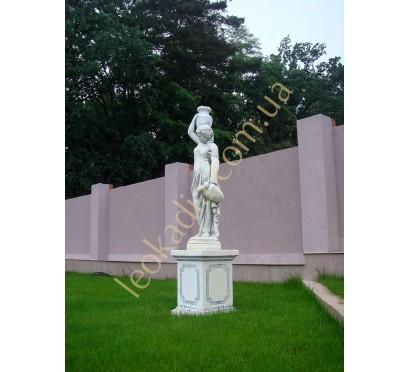 """Скульптура арт. 381 """"Женщина с 2-мя кувшинами"""" на тумбе арт. 335"""
