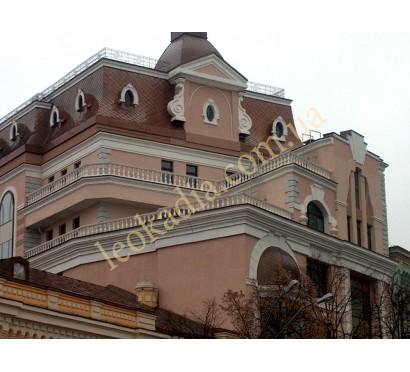 Балюстрада, ограждение террас здания по ул.Десятинной